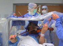 beyin-ameliyat-keman